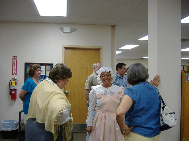 Betsy Ross & Molly Brown - A Night at the Library