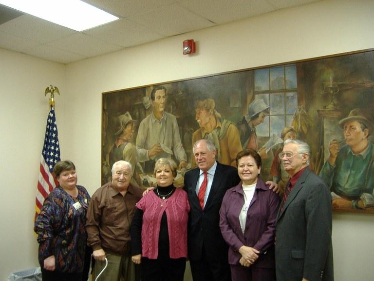 Governor Quinn visits Bryan-Bennett Library